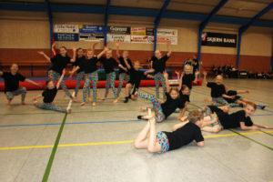 arkivfoto 2018 - gymnastik i Ådum
